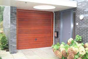 Slot Garage Kanteldeur : Novoferm garage kanteldeur komfort kempten ne vuren visgr